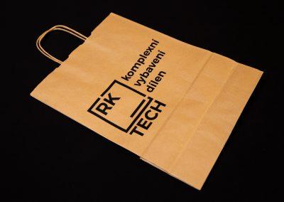 Potisk firemních tašek